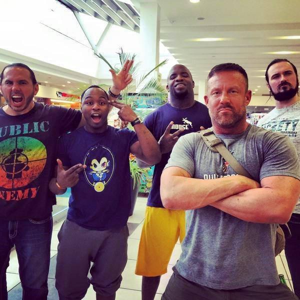Quand la ROH et la TNA se rencontrent, ça donne cela :